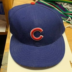 Chicago Cubs New Era Size 7 1/2 Fitted Hat